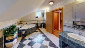 3D prehliadky Rodinny-vila-dom-Podkonice-Bathroom(1)
