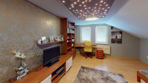 3D prehliadky Rodinny-vila-dom-Podkonice-Living-Room