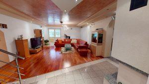 3D prehliadky Rodinny-vila-dom-Podkonice-Obyvacia-izba(1)